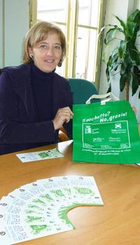 L'assessore all'Ambiente Roberta Ceccherini presenta l'iniziativa 'Sacchetto No Grazie', per la Settimana europea per la riduzione dei rifiuti